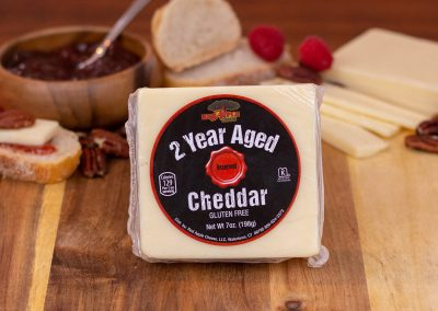 Red Apple 2 Year Aged Cheddar White