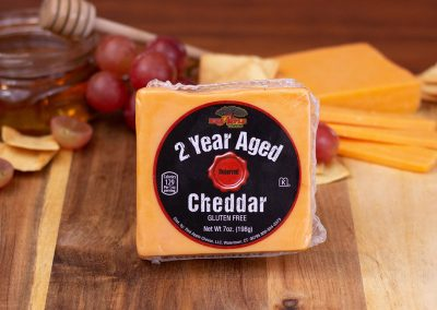 Red Apple 2 Year Aged Cheddar Yellow