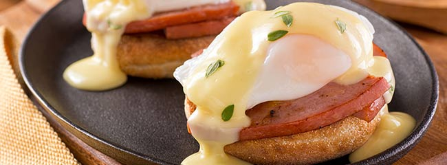 Benny English Muffin with Hollandaise Sauce